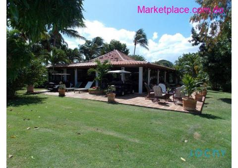Jochy Real Estate  Vende Villa Casa de Campo
