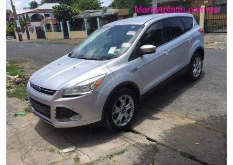 Ford Escape SEL 2013 (Carfax Clean)